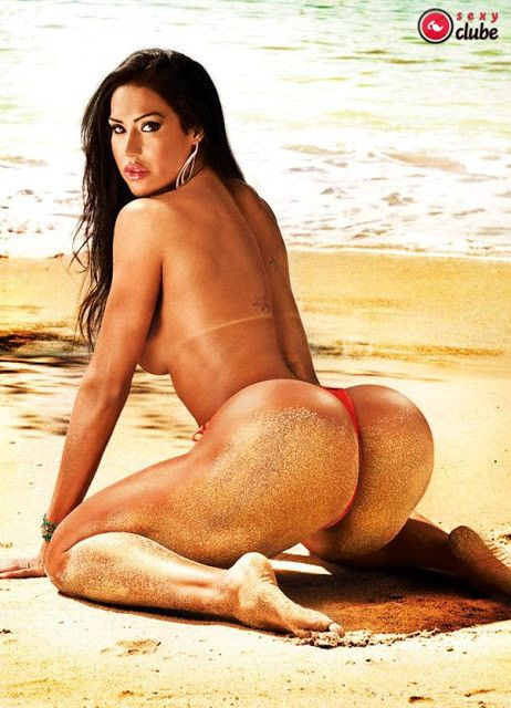 Gracyanne-Barbosa-Naked-in-Magazine-Sexy-10