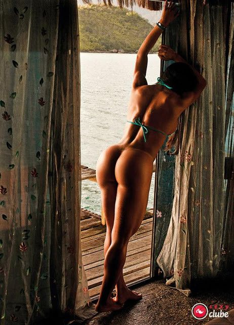 Gracyanne-Barbosa-Naked-in-Magazine-Sexy-14
