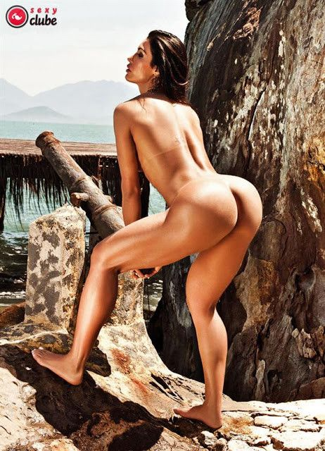 Gracyanne-Barbosa-Naked-in-Magazine-Sexy-21