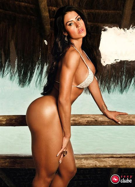 Gracyanne-Barbosa-Naked-in-Magazine-Sexy-3