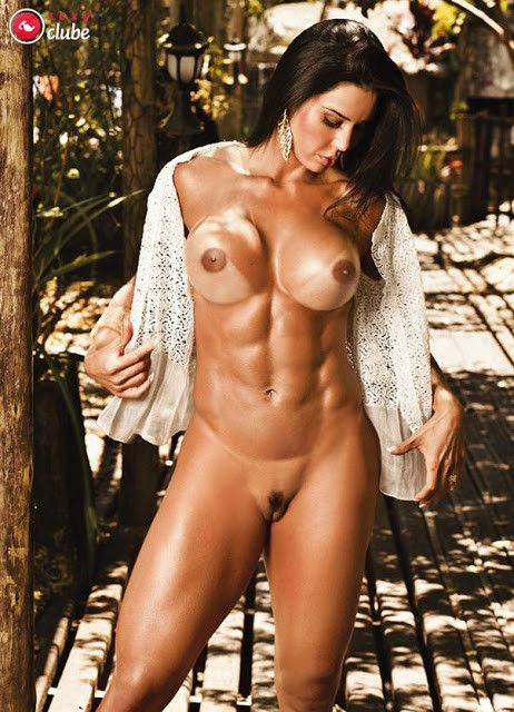 Gracyanne-Barbosa-Naked-in-Magazine-Sexy-32
