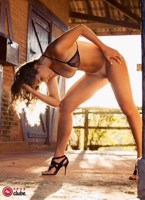Panquettes-Naked-Naked-Magazine-Sexy-25