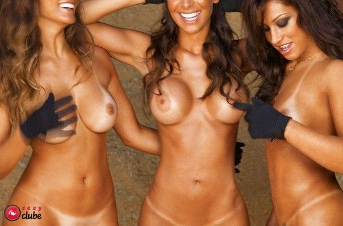 Panquettes-Naked-Naked-Magazine-Sexy-29