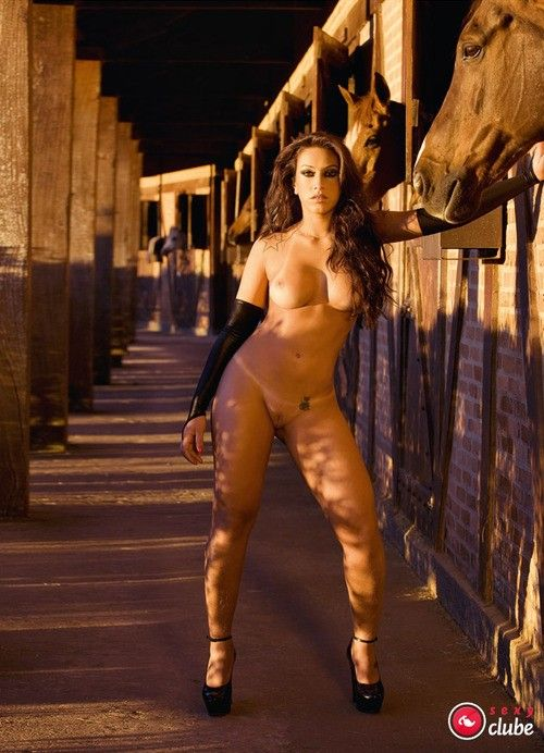 Panquettes-Naked-Naked-Magazine-Sexy-5