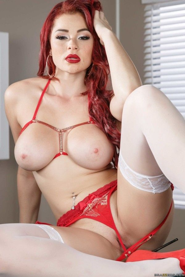 Redheads-Naked-1