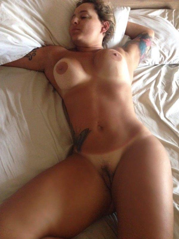 赤裸裸的 Amateurs-29