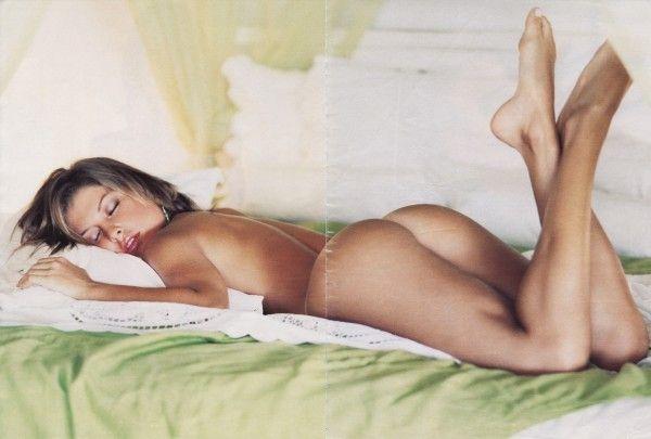 Barbara-Borges-Naked-Pelada-in-Revista-Playboy-13