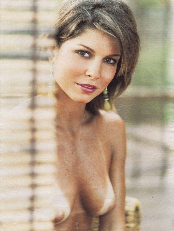 Barbara-Borges-Naked-Pelada-in-Revista-Playboy-4