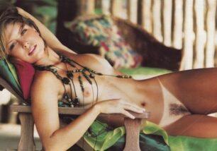 Barbara-Borges-Nua-Pelada-na-Revista-Playboy-6-306x214