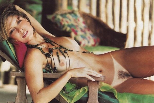 Barbara-Borges-Naked-Pelada-in-Revista-Playboy-6