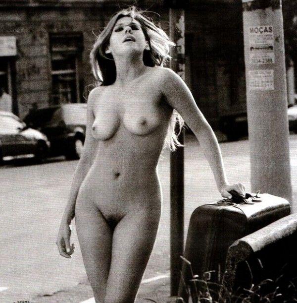 Barbara-Peace-Naked-Naked-in-Magazine-Playboy-20