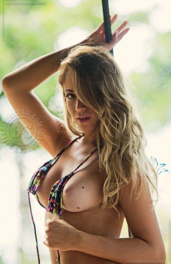 Carol-Narizinho-Naked-15