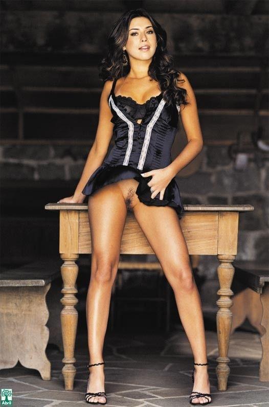 Fernanda-Paes-Leme-Nua-Pelada-na-Revista-Playboy-16