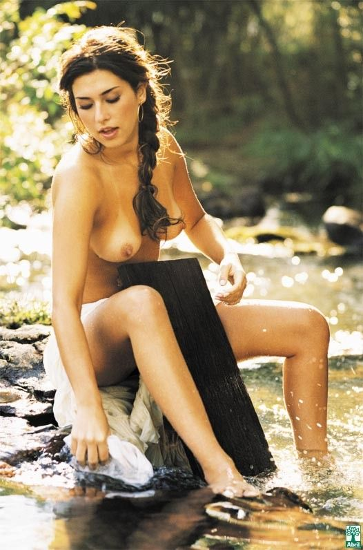 Fernanda-Paes-Leme-Nua-Pelada-na-Revista-Playboy-18