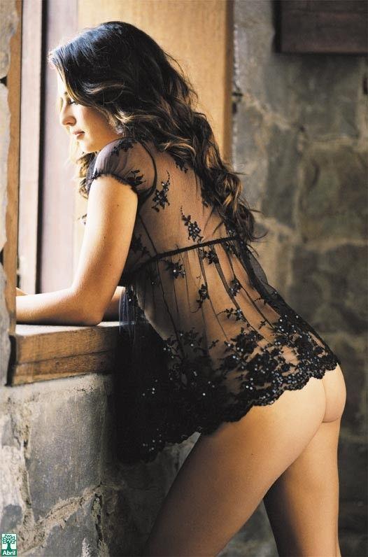 Fernanda-Paes-Leme-Nua-Pelada-na-Revista-Playboy-23