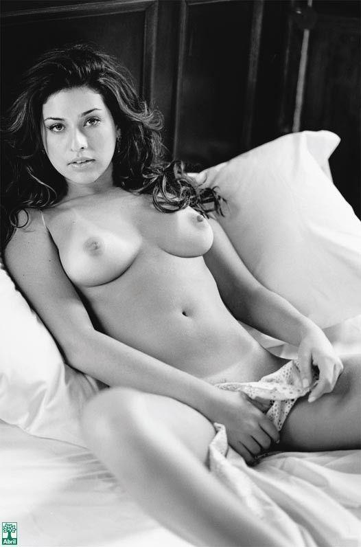 Fernanda-Paes-Leme-Nua-Pelada-na-Revista-Playboy-9