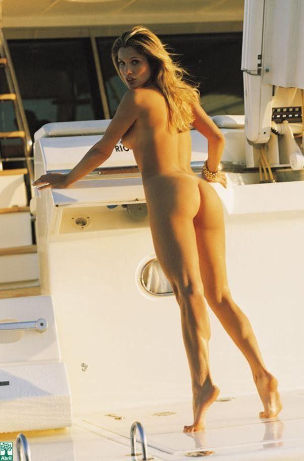 Flavia-Alessandra-Nua-Pelada-Revista-Playboy-18