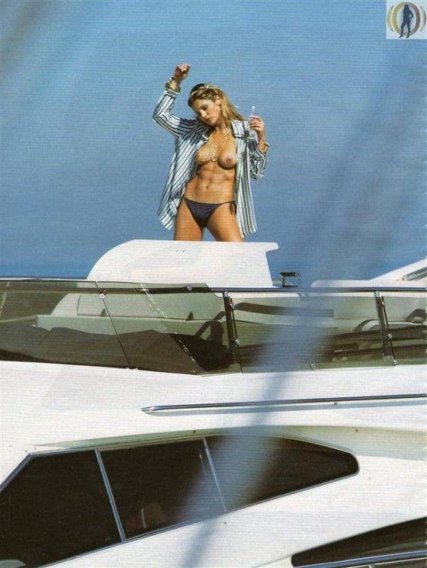 Flavia-Alessandra-Nua-Pelada-Revista-Playboy-21