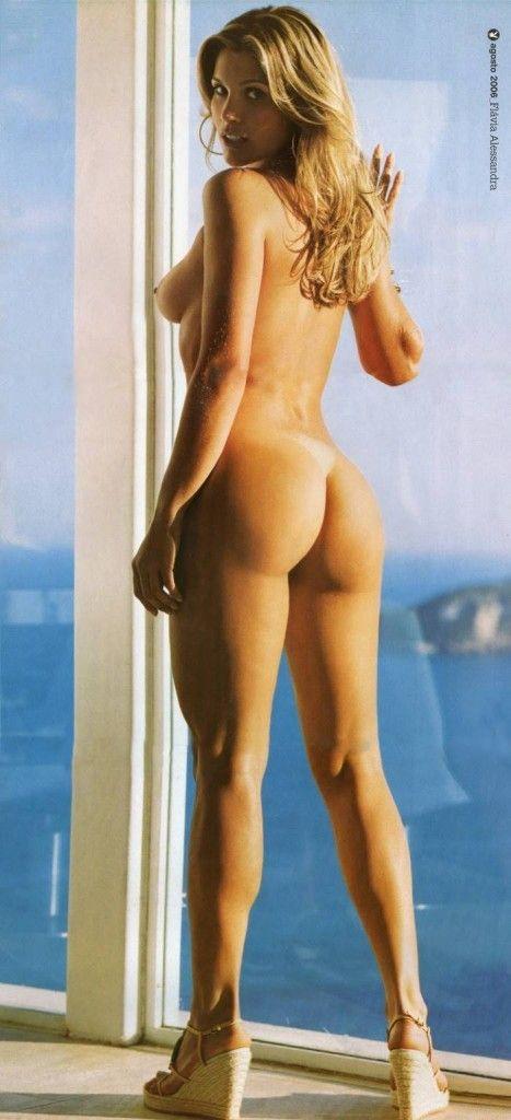 Flavia-Alessandra-Nua-Pelada-Revista-Playboy-6