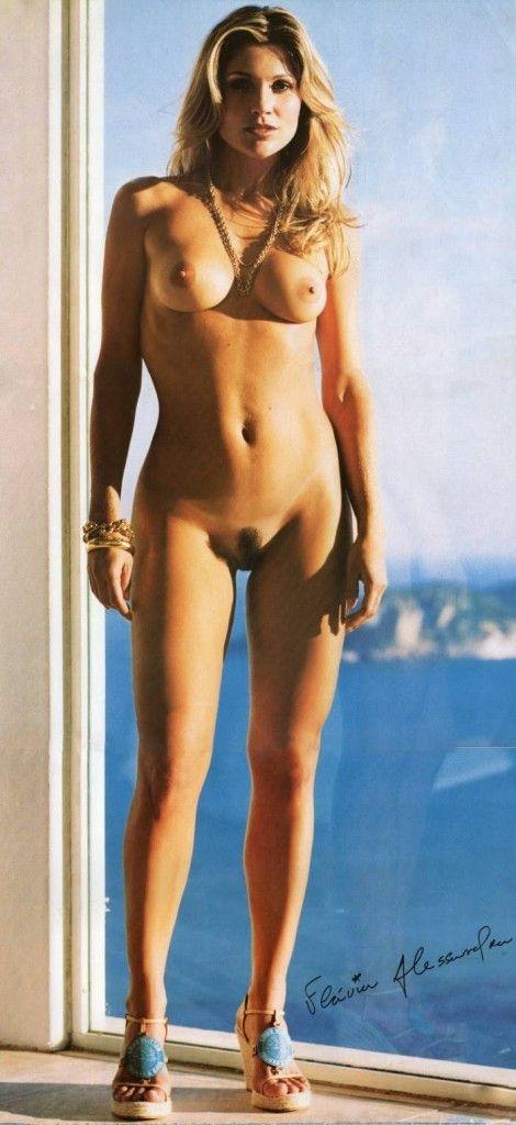 Flavia-Alessandra-Nua-Pelada-Revista-Playboy-7