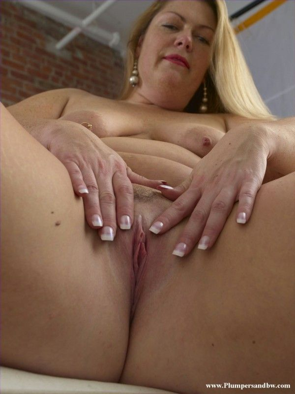Chubby-Naked-24