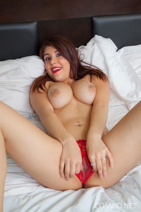 Chubby-Naked-29