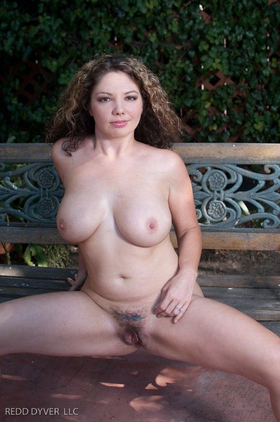 Chubby-Naked-3