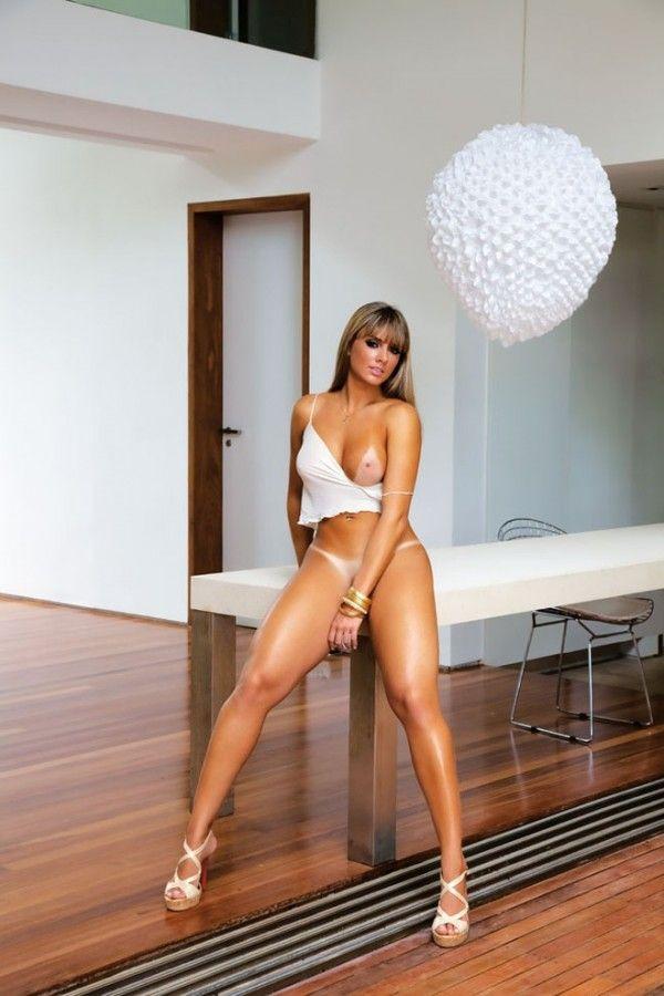 Juju-Saimeni-Nua-Pelada-Revista-Playboy-26
