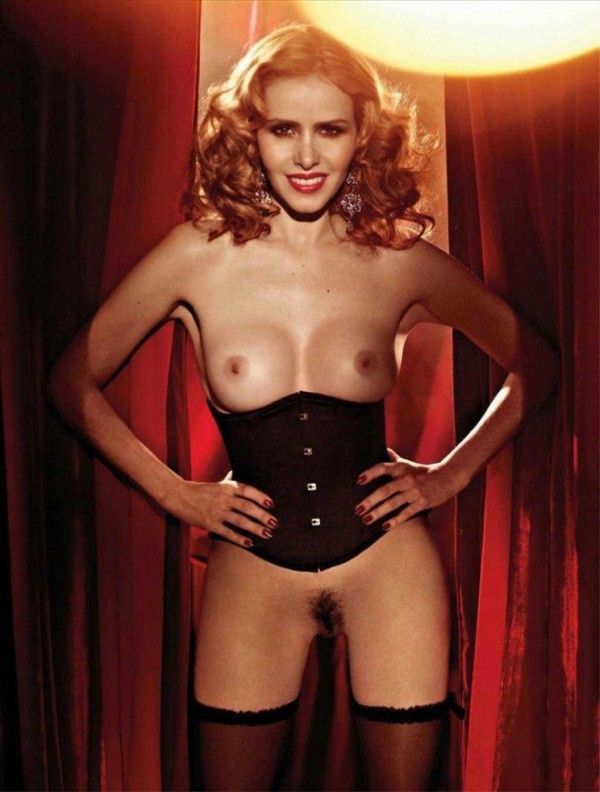 Leona-Cavalli-Naked-in-Revista-Playboy-3