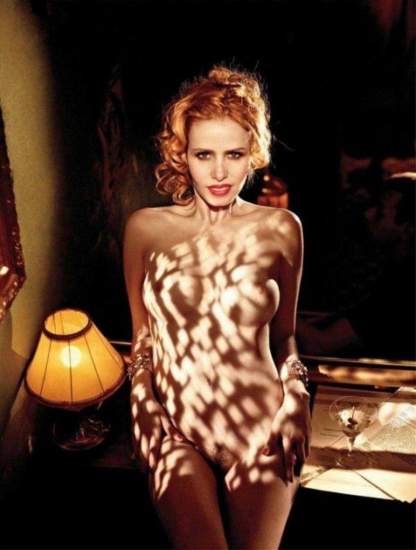 Leona-Cavalli-Naked-in-Revista-Playboy-4