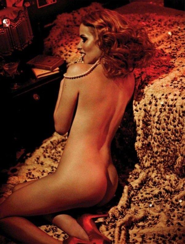Leona-Cavalli-Naked-in-Revista-Playboy-8