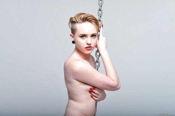 Miley-Cyrus-Naked-Naked-8
