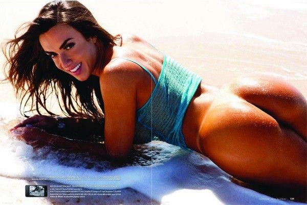 Nicole-Bahls-Nua-Pelada-Magazine-Playboy-18