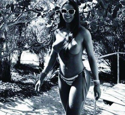 Nicole-Bahls-Nua-Pelada-Magazine-Playboy-6