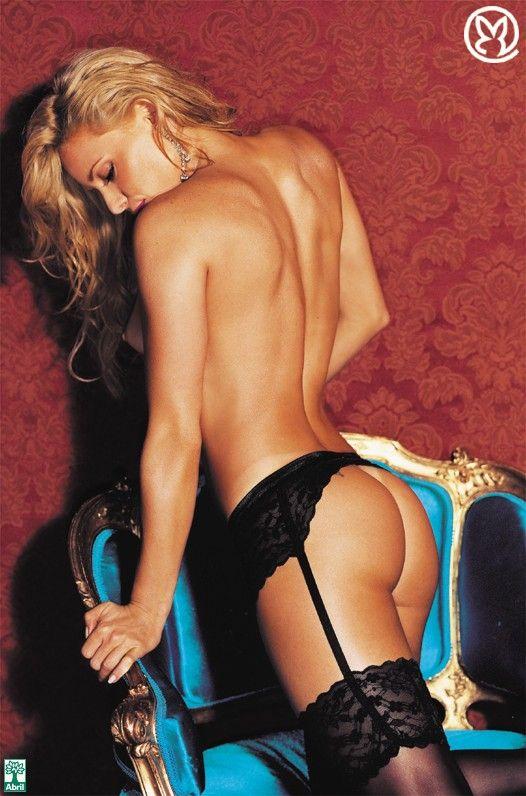 Rita-Guedes-Nua-Pelada-na-Revista-Playboy-19