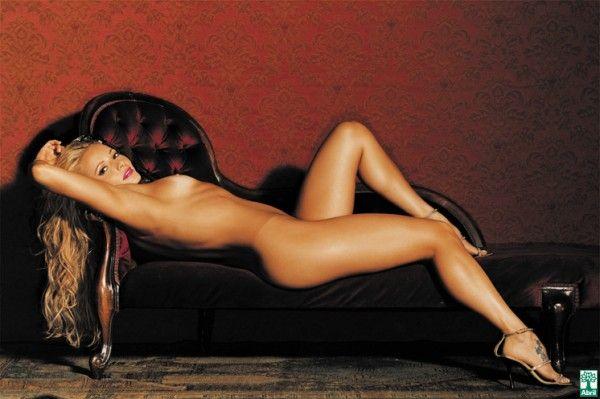 Rita-Guedes-Nua-Pelada-na-Revista-Playboy-2