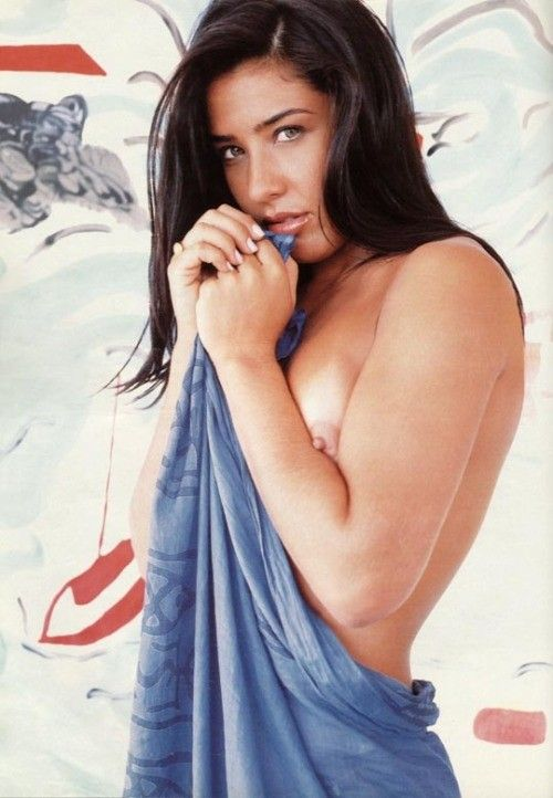 Scheila-Oak-Nua-Pelada-na-Revista-Playboy-12