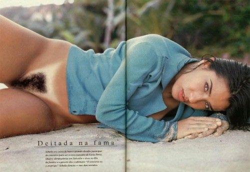 Scheila-Oak-Nua-Pelada-na-Revista-Playboy-19