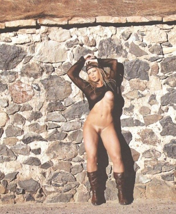 Sheila-Mello-Nua-Pelada-Revista-Sexy-6