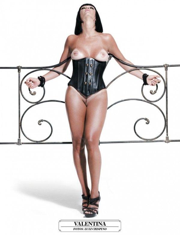 Valentina-Francavilla-Nua-na-Playboy-14