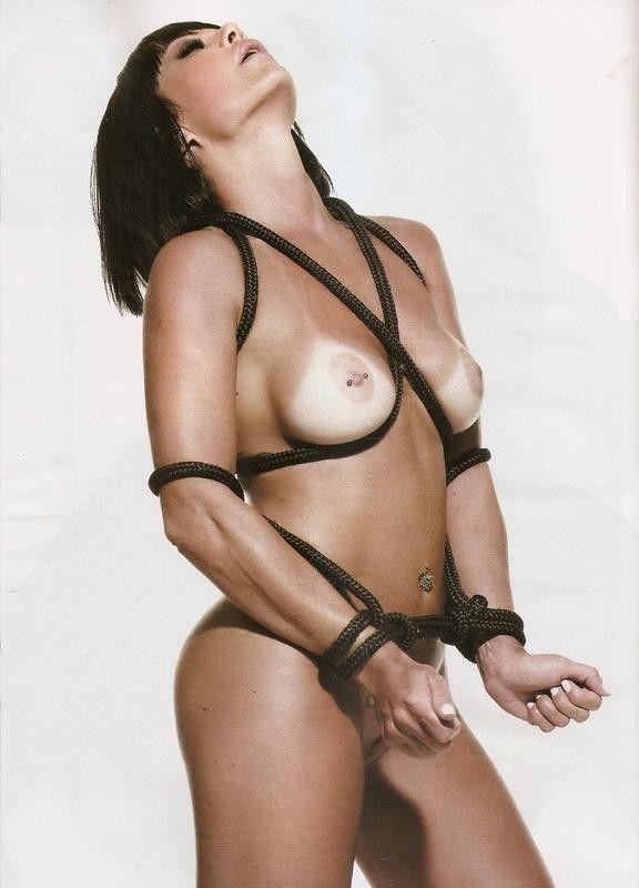 Valentina-Francavilla-Nua-na-Playboy-7