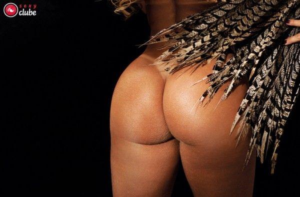 Viviane-Araujo-Nua-Pelada-Revista-Sexy-21