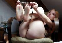 Fotos-de-loirinha-pelada-mostrando-a-buceta-rosada-capa-2-200x140