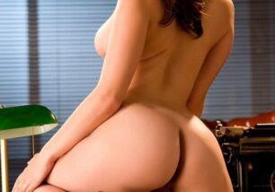 novinha-rabuda-safada-peituda-em-fotos-eroticas-sedutoras-8-306x214