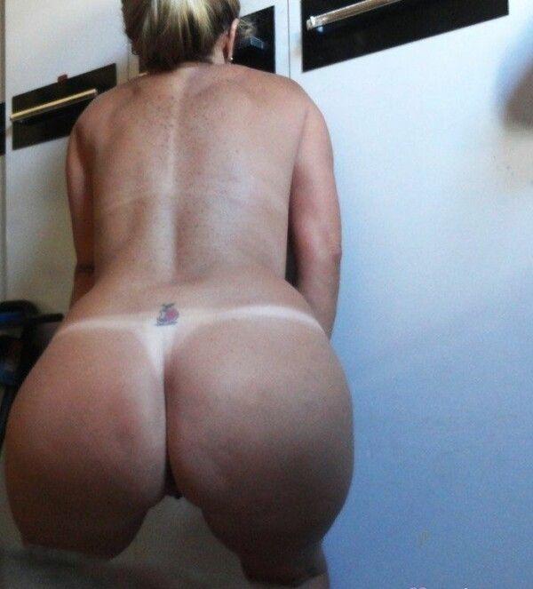 coroa-loira-da-buceta-rosada-em-fotos-porn-hub-19