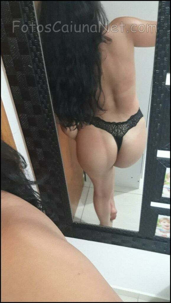 Hot-Amateur-New-Photos-Showing-Her-Sexy-8-scale