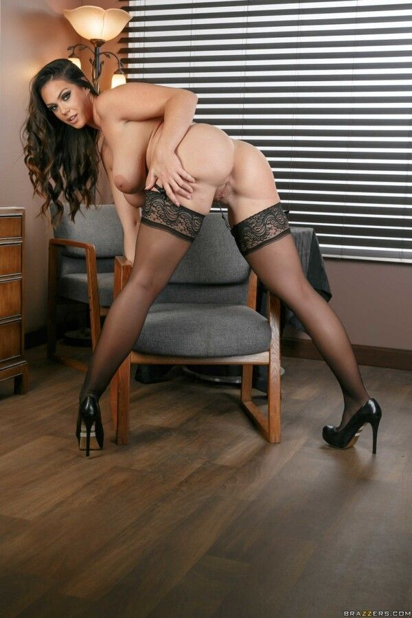 busty-brunette-show-her-pink-and-delicious-for-bics-porno-10
