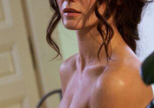 Morena pelada na cozinha mostrando sua buceta mais gostosa que da xuxa xxx