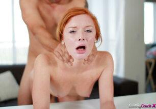 Cenas de sexo com ruiva bucetuda