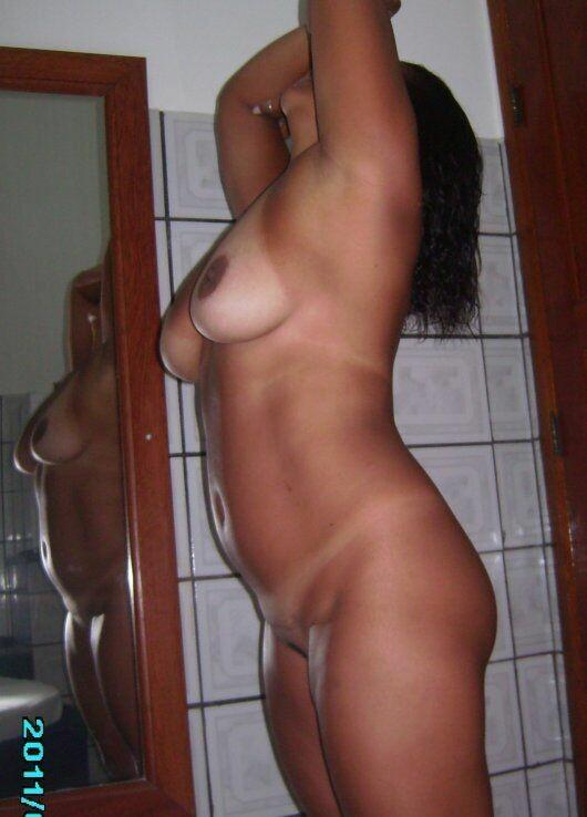 花圈美味在色情图片显示她的 buketone-18